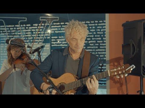 Kantoortuin Concerten: Spinvis - de Volkskrant