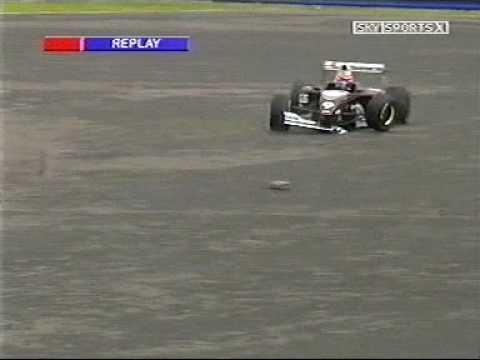 Josh Southall hits Chris Hyman Formula Palmer Audi at Silverstone 2005