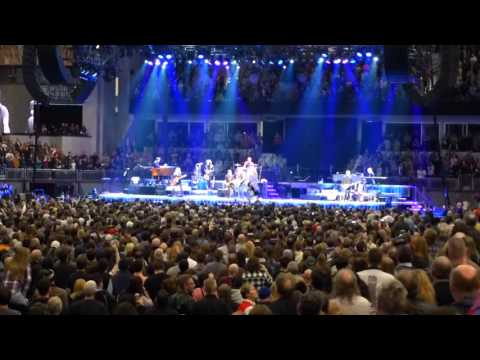 Bruce Springsteen & the E Street Band: - The River Tour - Rochester, NY - Show Opening