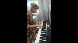 Королек - птичка певчая на пианино (Çalıkuşu - Esin Engin, piano))