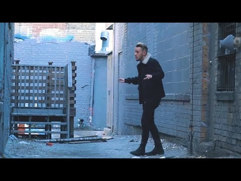 Scarlet City - Broken Into Two feat. Devin Barrus (Official Video) Mp3