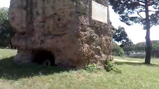 IL PARCO DELLE TOMBE DI VIA LATINA DI ROMA SU VIA APPIA NUOVA - 12/07/2009