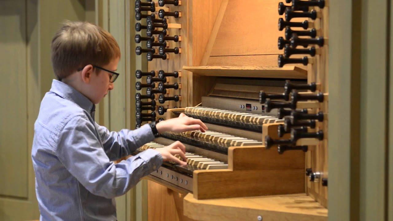 Tim 11 Jahre spielt Bach Triosonate