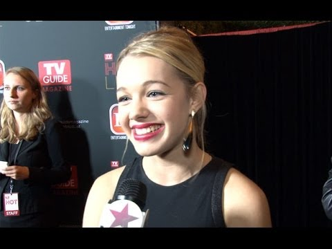 Mom's Sadie Calvano Gives us the Scoop on the new CBS Hit!