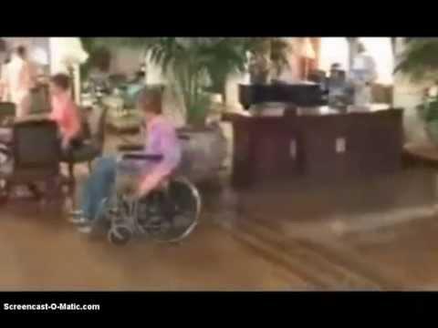 silla de ruedas donde estan las rubias