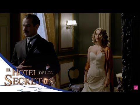 ¡Cecilia seduce a Diego! - El Hotel de los Secretos*