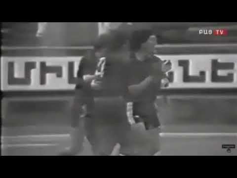 1983 Арарат (Ереван) - Черноморец (Одесса) 3-0 Чемпионат СССР по футболу, гол Оганесяна