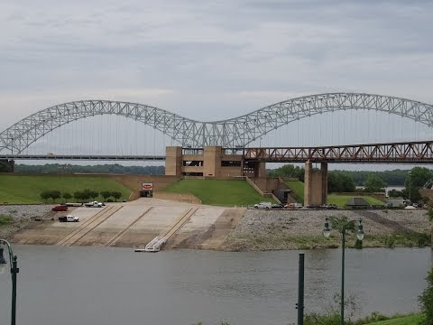 Across the Mississippi River: Arkansas to Memphis, Tennessee 2015-05-27