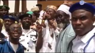 BAYE NIASS - Maouloud Baye Barhama Niass Zikr Nigéria 2016