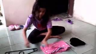 Membuat baju putri duyung dengan cara simpel dengan 3 bahan