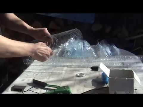 Reciclaje construcci n tejado con botellas de pl stico for Plastico para tejados