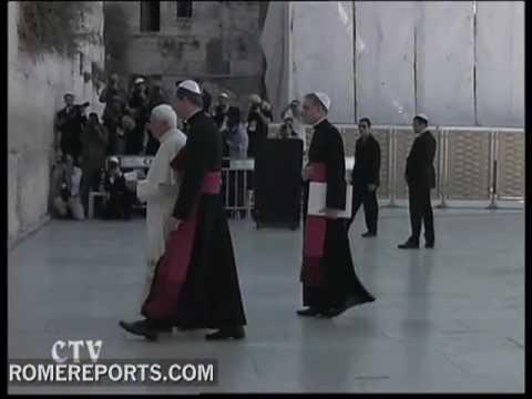 Jews and Catholics relationship, slowly strengthening