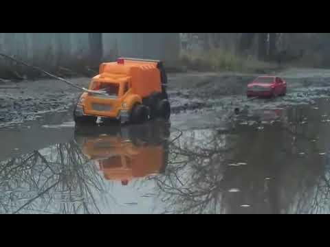 Видео для детей Машинки едут по грязи Мультики для мальчиков