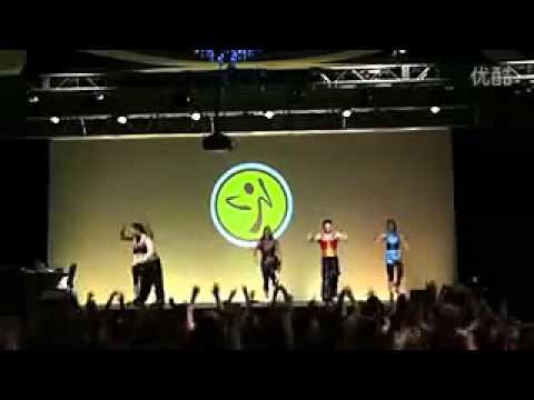 美国Zumba大会健身舞蹈 最炫民族风–凤凰传奇.flv_(360p).flv