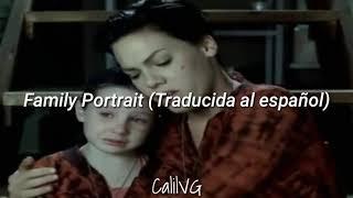 family-portrait---pink-traducida-al-espanol