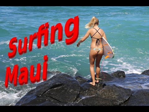 Surfing in Maui, Ho