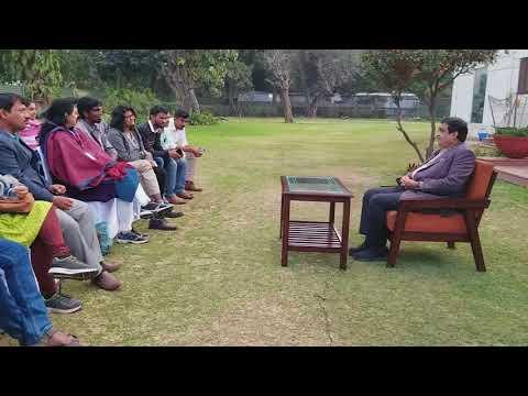 Nitin Gadkari: interaction wit...