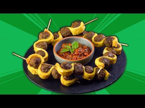 Ideal para comer con las manos: brocheta de albóndigas con especias orientales