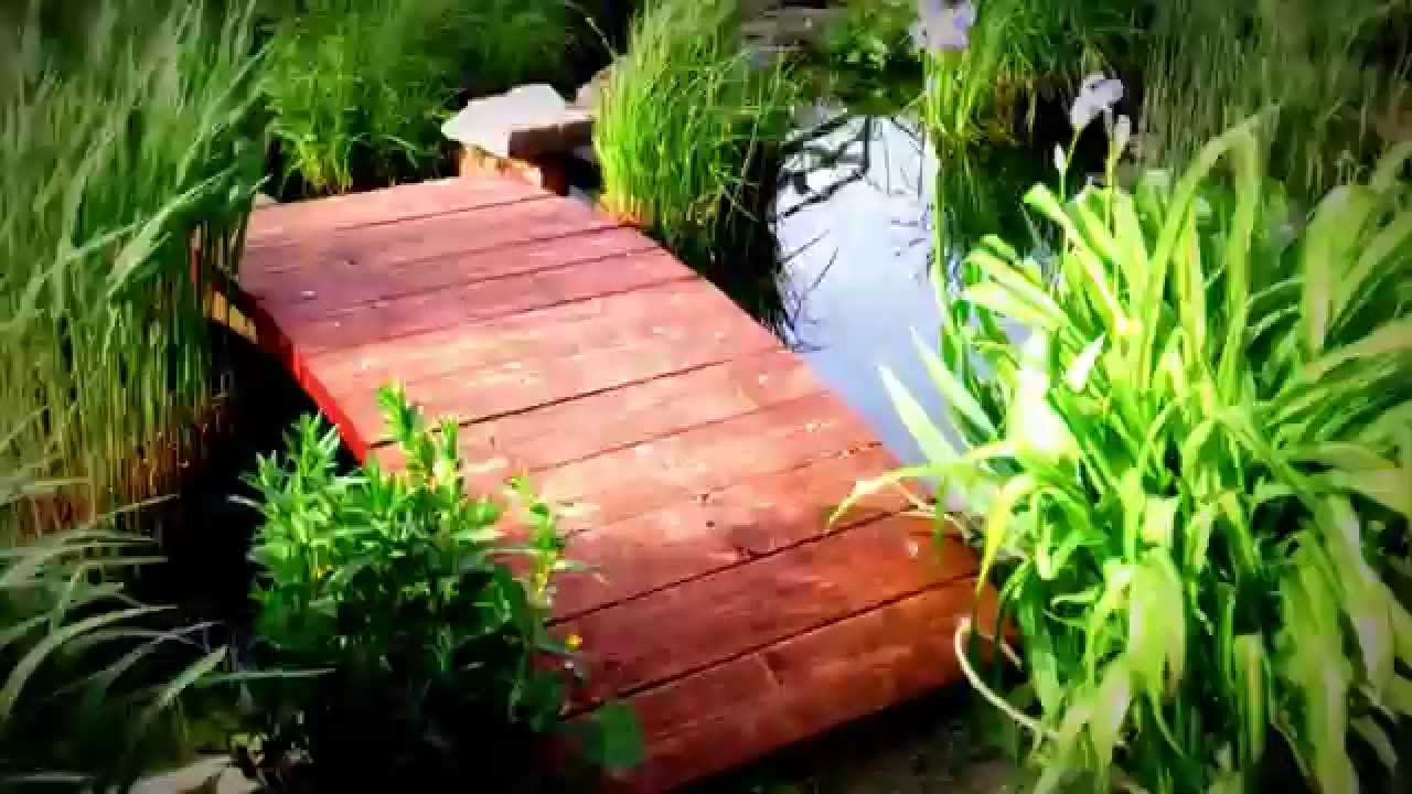 Garten / Teich- Brücke, Neubau extrem stabil ;o)..!!! - YouTube