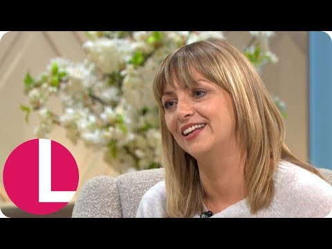 Mum Star Lisa McGrillis Reveals How Co-Star Lesley Manville Saved Her  | Lorraine