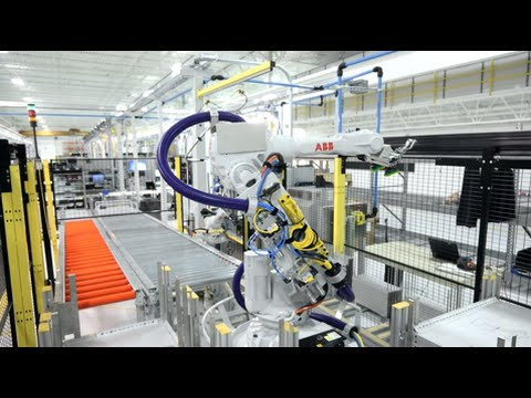 Design World visits ABB for robot-factory open and Customer Days 2015