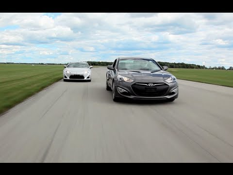 2013 Scion FR S vs. 2013 Hyundai Genesis Coupe Comparison