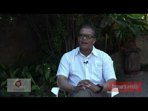 Download Christopher Melamu, recipient of the 2021 ELITE Mentor Breeder