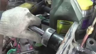 видео Амортизаторы Тойота Королла: сборка и замена