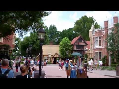 United Kingdom Pavilion - Epcot World Showcase 2011 HD Tour/ Overview POV