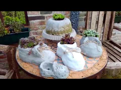 beton diy pflanz schuh garten deko youtube. Black Bedroom Furniture Sets. Home Design Ideas