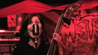 THE SILVER SHINE- The chased (Sala Estraperlo 5-2-11)