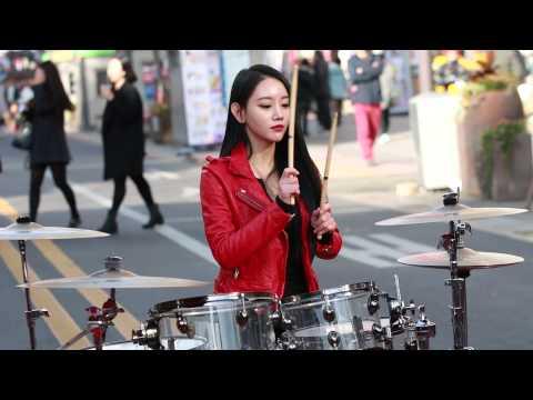 20141115 아연 Ayeon Playing Drums P.1