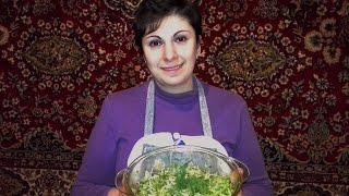 салат из сырых овощей с капустой и редиской