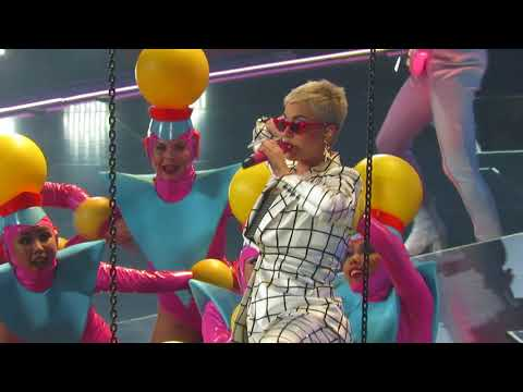"Katy Perry ""Teenage Dream"" Toronto November 1, 2017"