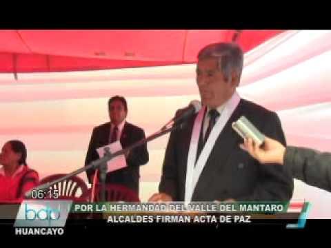 ALCALDES FIRMAN ACTA DE PAZ.