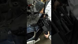 Заміна фари Jaguar XF
