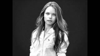 Abercrombie Kids Summer Initial:Whisper-Alex Velea