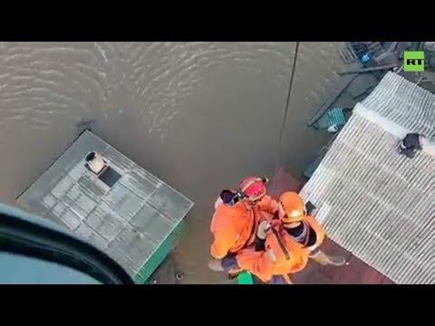 Паводок в Иркутской области: МЧС спасает людей с помощью вертолётов