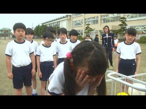 【宇哥】女孩天天担心脸会掉下来,这天脸竟然真掉下来了…《世界奇妙物语:面具》
