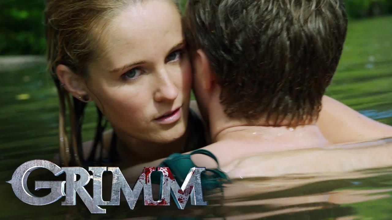 Download A Mermaid-like Wesen Attacks Underwater   Grimm