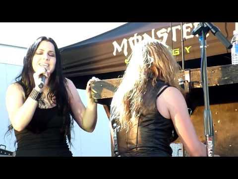 Halestorm feat Amy Lee  Break In Buffalo, NY 922012