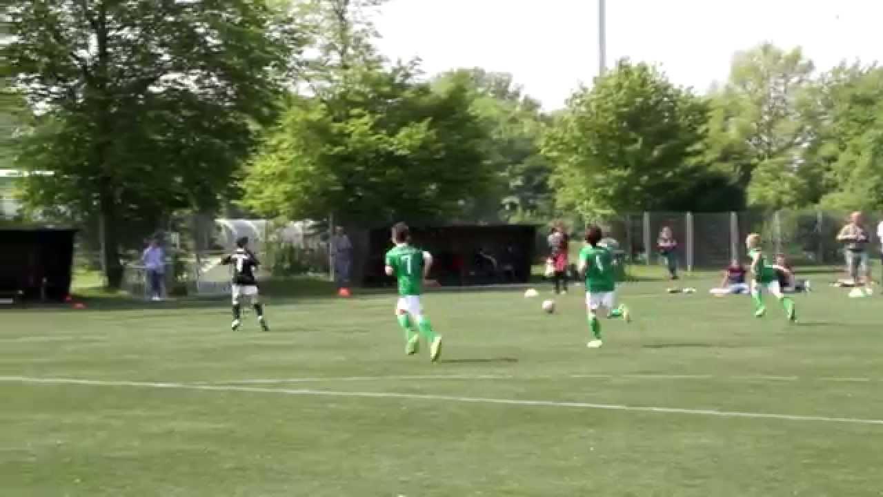 Tus Komet Arsten 1f Jugend Gegen Die Erste F Von Werder Bremen