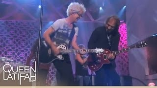 "REO Speedwagon performs ""Roll With The Changes"" on The Queen Latifah Show"