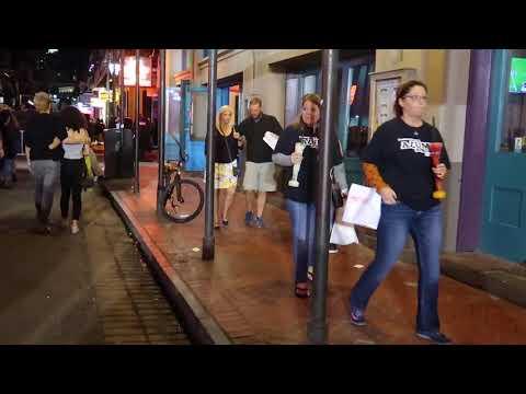 BOURBON STREET HALLOWEEN 2017 LAISSEZ LES BONS TEMPS ROULER