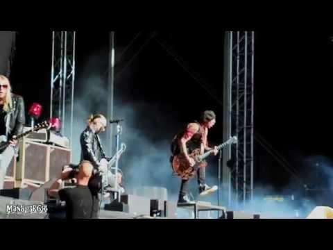 Backyard Babies - A Song For The Outcast & Star War, Bråvalla Festivalen 2015-06-27 mp3