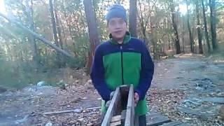 Как построить шалаш за 10 минут(Мы добываемого ресурсы., 2015-10-14T18:31:57.000Z)