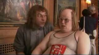 Little Britain, Lou & Andy - Art Museum
