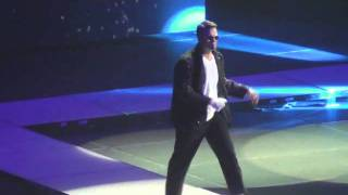 Matthew Mitchell Dancing Introduction at Big Blue Madness (High Quality)