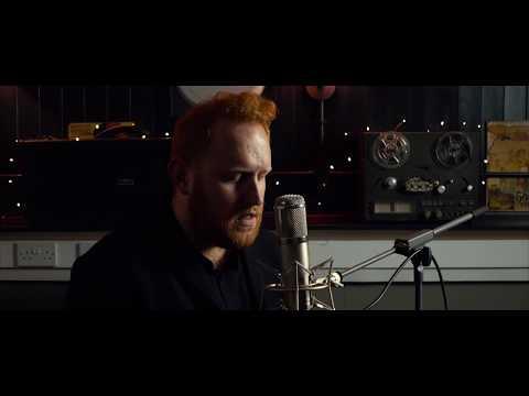 Gavin James - Last Year (Live)