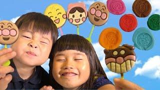 アンパンマン ペロペロチョコ Anpanman Lollipop Chocolates